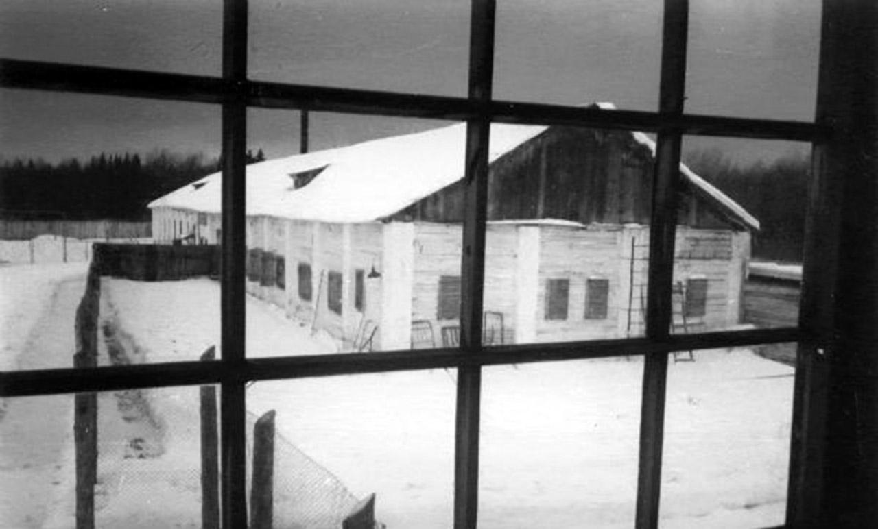 Barak w łagrze w Kuczyno, gdzie Wasy Stus spędził ostatnie lata swojego życie. Fot.: Wikipedia