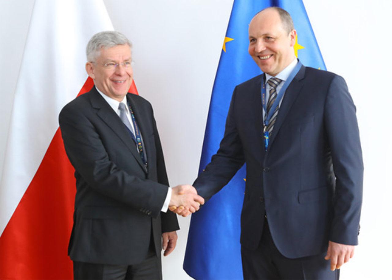 Na zdjęciu marszałek Senatu Stanisław Karczewski oraz przewodniczący ukraińskiego parlamentu Andrij Parubij. Fot.: Michał Józefaciuk