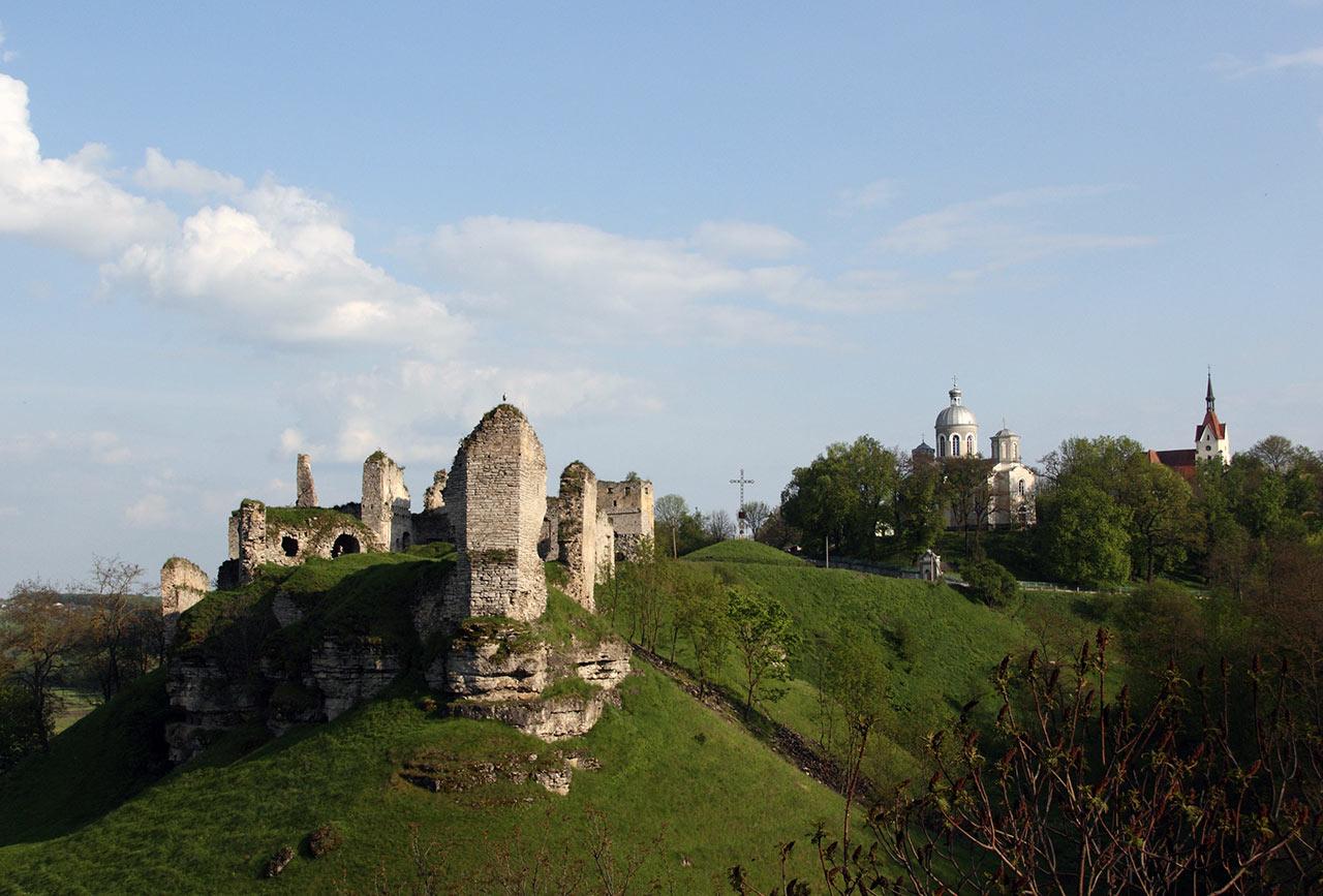 Widok na fortyfikacje w Skale Podolskiej. Źródło: ishchuk.net