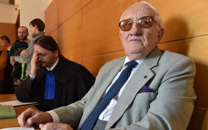 Karol Tendera w sądzie. Źródło: http://supernowosci24.pl