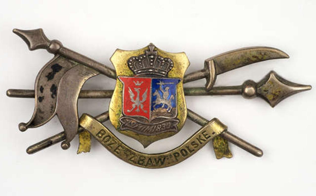 Broszka z czasów powstania listopadowego. Źródło: Muzeum Olsztyn