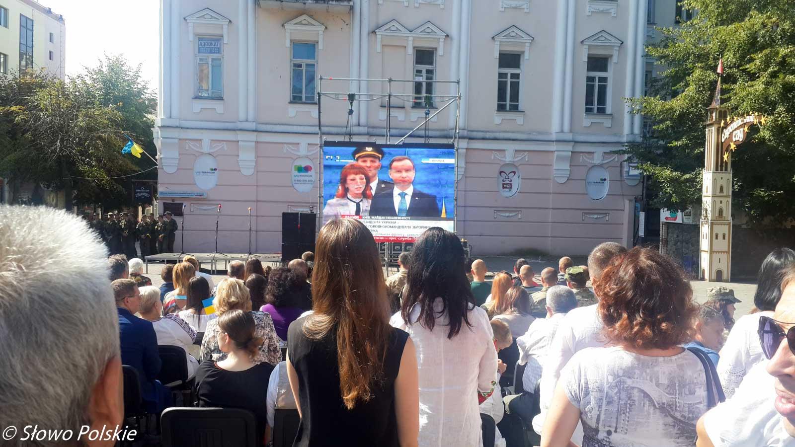 Relacja na żywo kijowskiej defilady z udziałem prezydenta Dudy w Winnicy