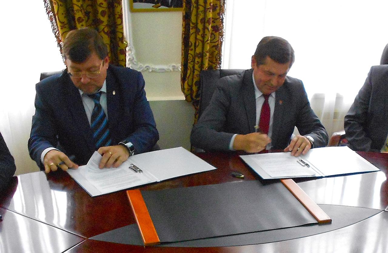 Od lewej - Wasyl Sydor i Janusz Bodziacki