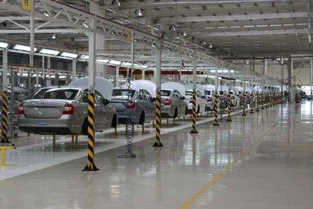 Fabryka Skody na Zakarpaciu. Źródło: karpatskijobjektiv.com