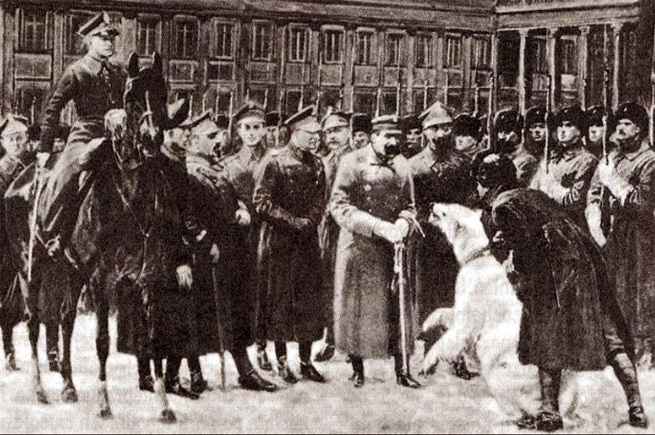 Wizerunek uśmiechniętej Baśki Murmańskiej został uwieczniony na obrazie pędzla Michała Byliny Przegląd oddziałów murmańczyków przez Naczelnego Wodza w Warszawie.