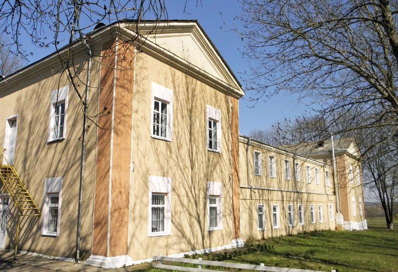 Były pałac Brzozowskich w Żabokryczu. Źródło: http://andy-travel.com.ua