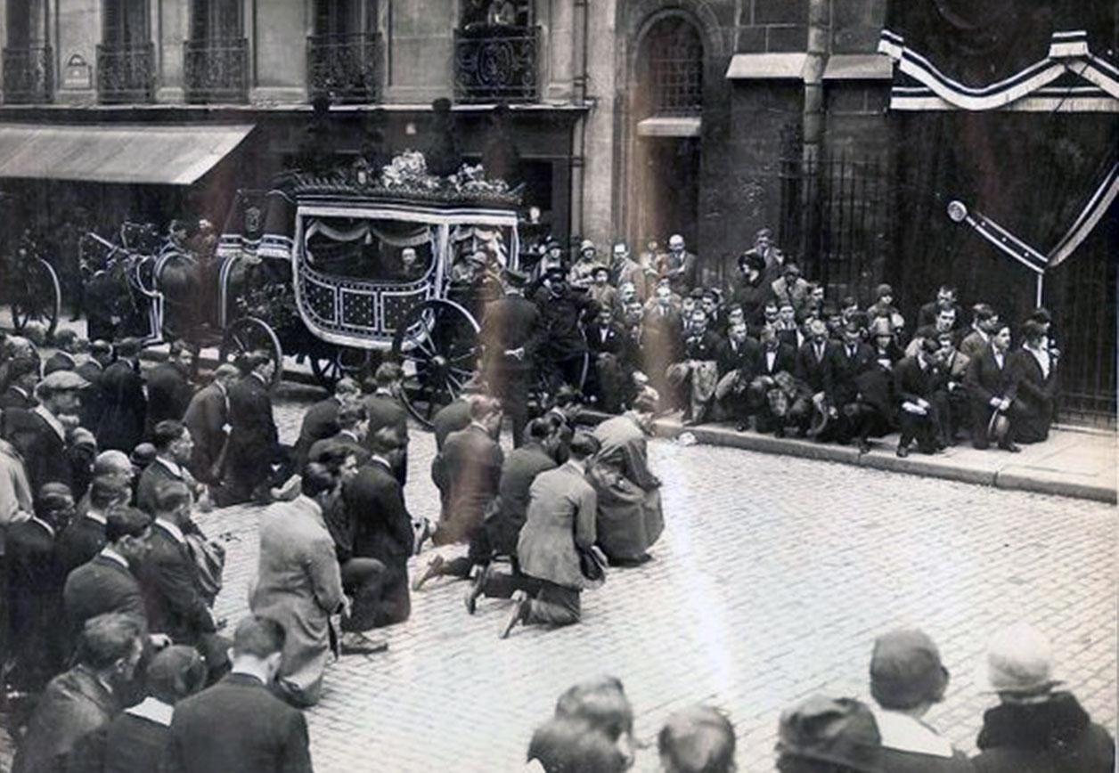Pogrzeb Peltury w Paryżu w 1926 r. Źródło: vk.com