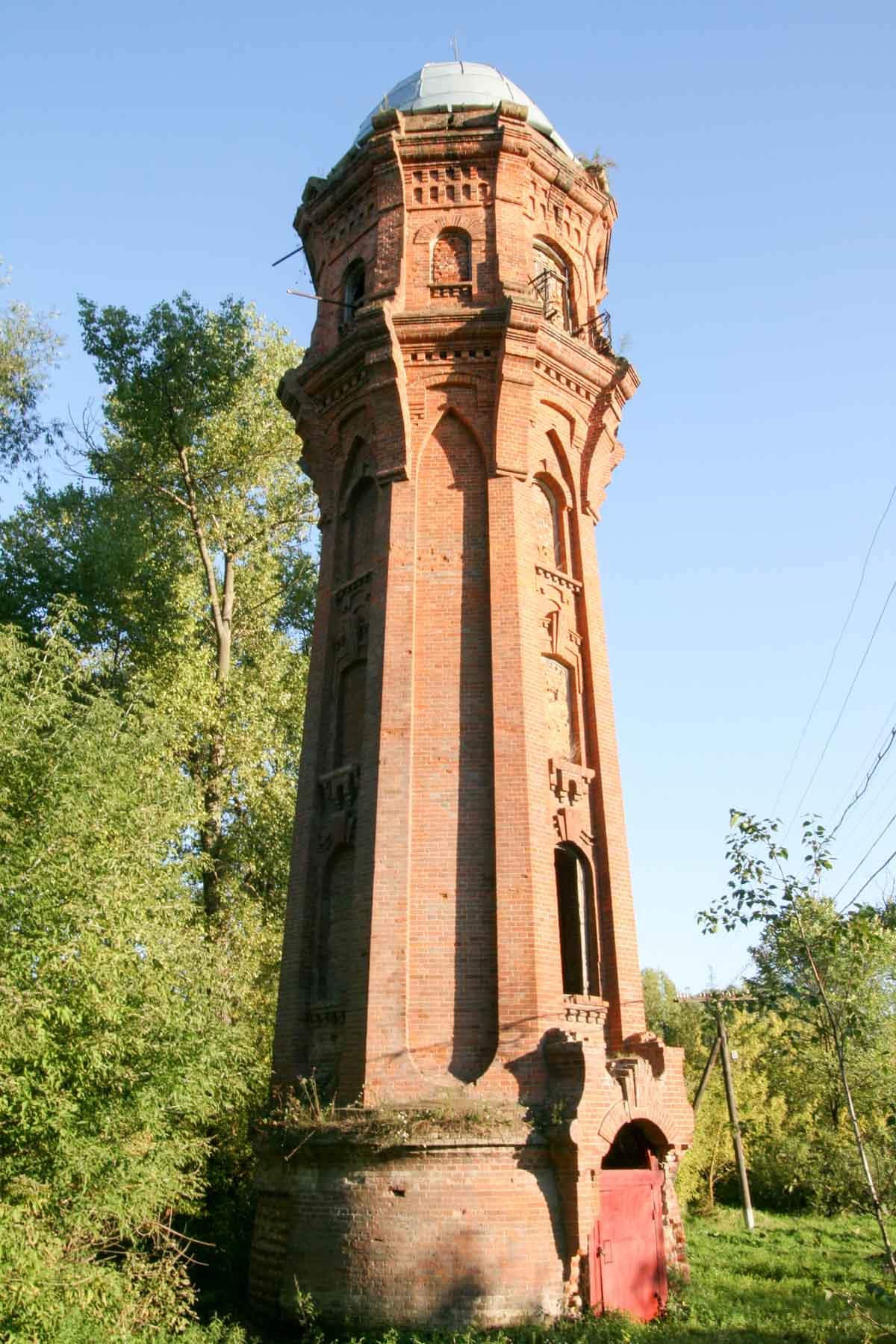 Dziewiętnastowieczna wieża ciśnieniowa w Kordelówce