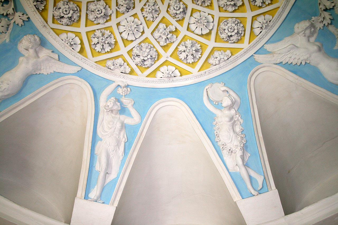Sala balowa w pałacu Grocholskich