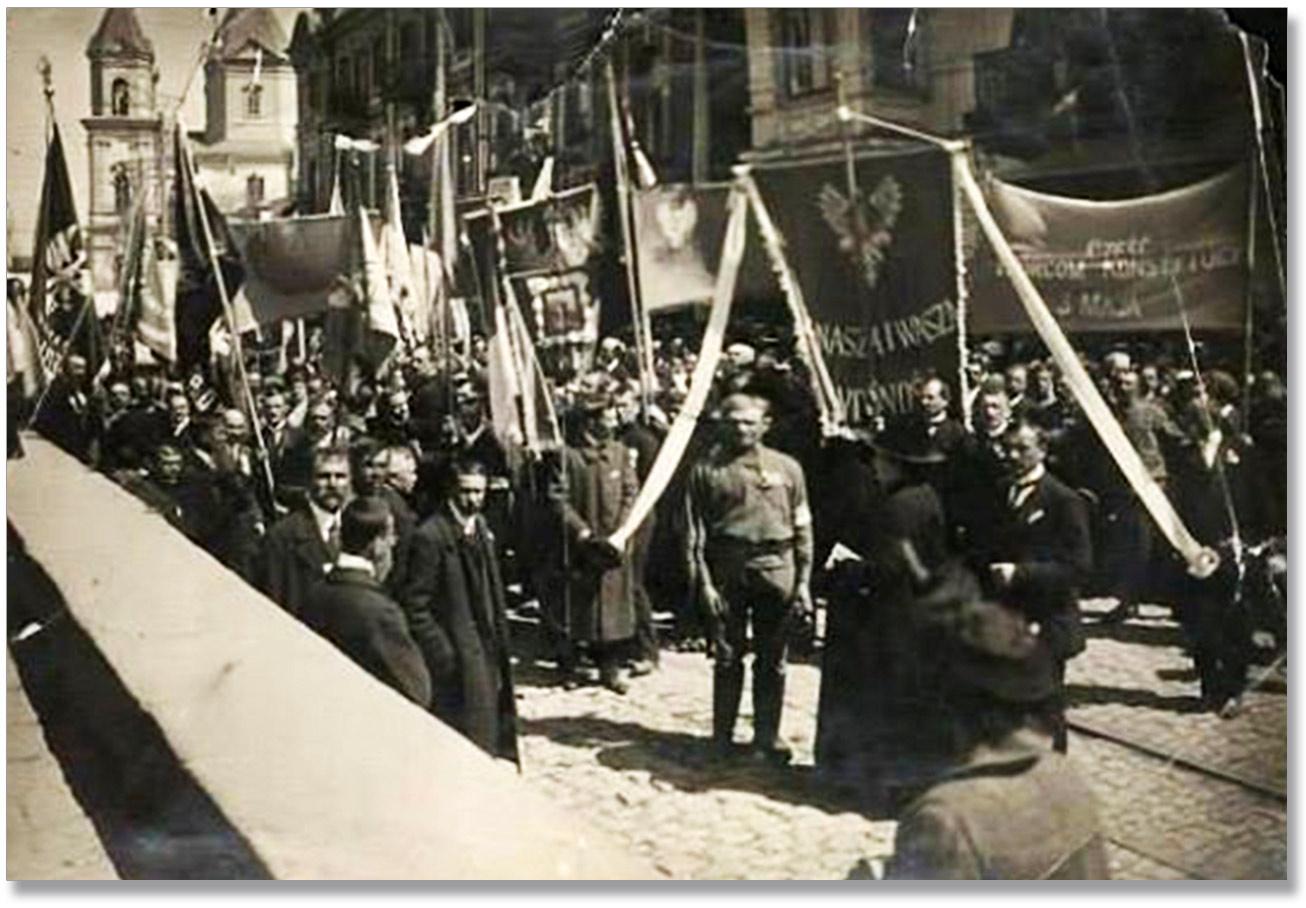 Pierwszy od początku zaborów wiec z okazji Święta Konstytucji 3 Maja w Winnicy w połowie drugiej dekady XX wieku