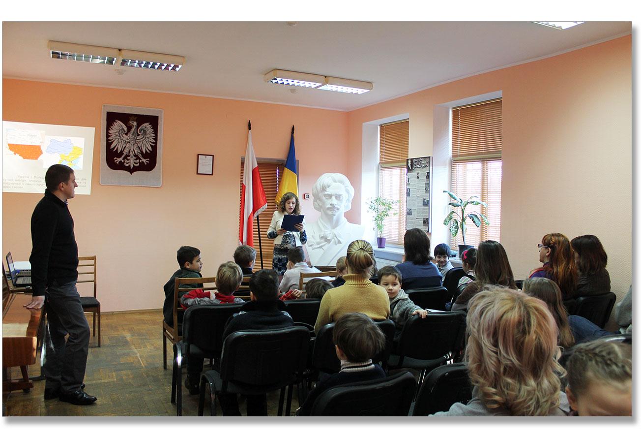 """Rustam Jusupow przedstawia najważniejsze punkty Zakonu Ukrainy """"O gwarancji praw i swobód wewnętrznie przemieszczonych osób"""""""