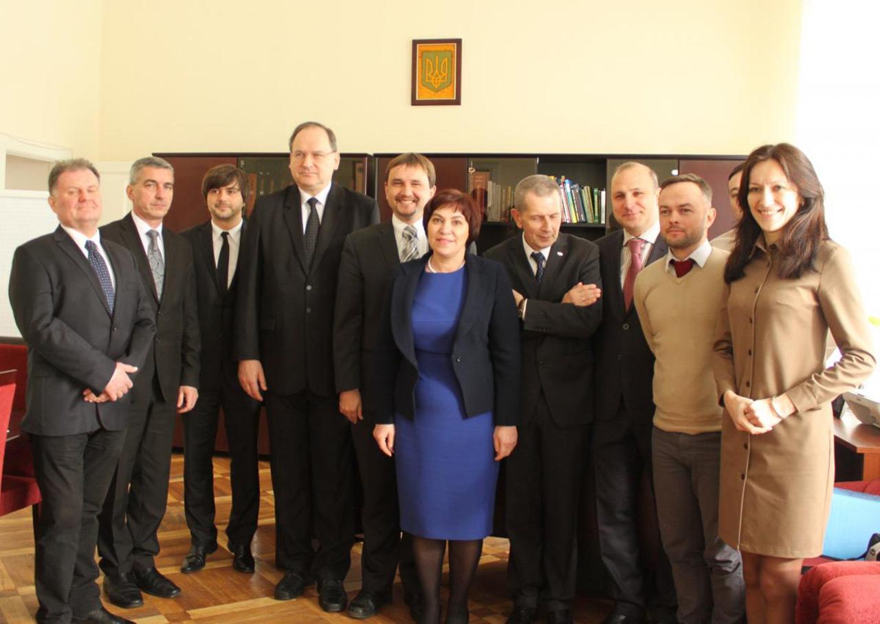 Źródło - memory.gov.ua