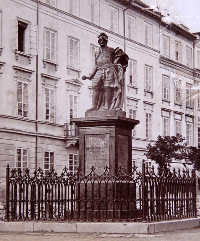 Pomnik hetmana Jabłonowskiego we Lwowie. Lata 30. XX wieku