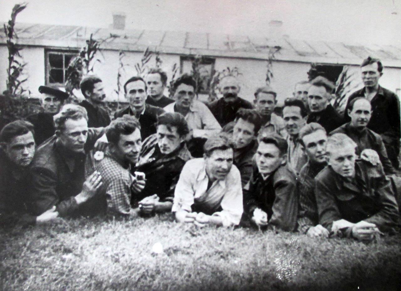 Internowani żołnierze AK w Omskim GUŁagu. Rok 1950
