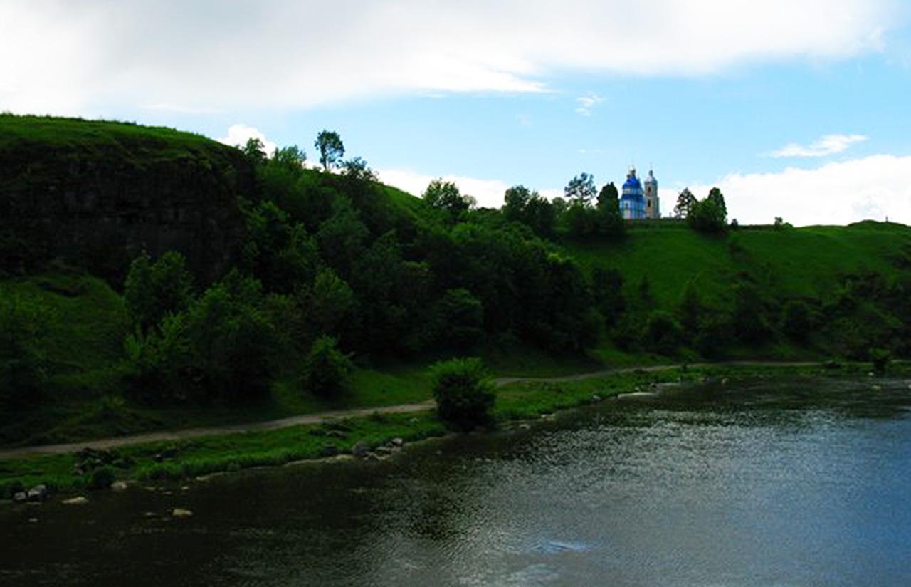 Peczorska cerkiew na Bugiem. Źródło - andy-travelua.livejournal.com