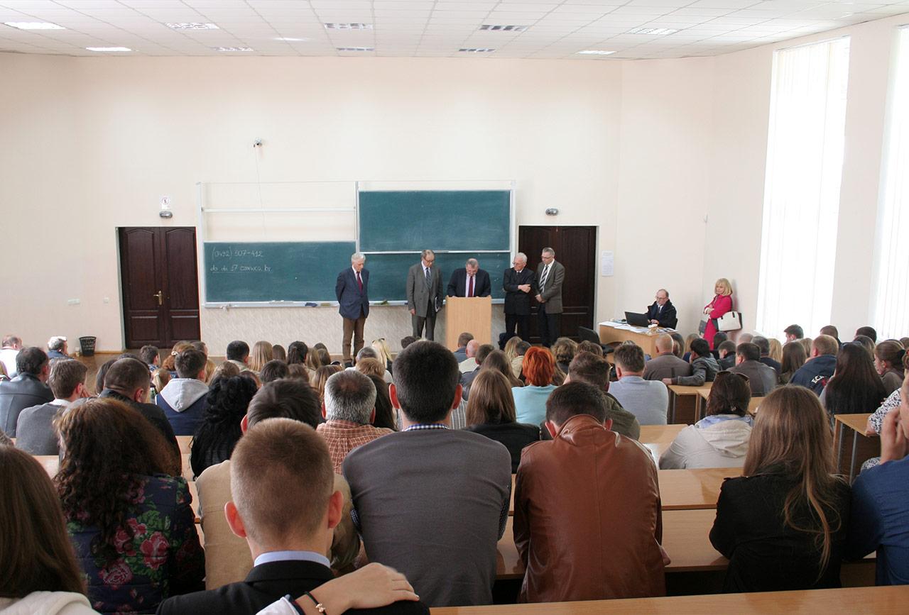 Komisja ogłasza wyniki egzaminów