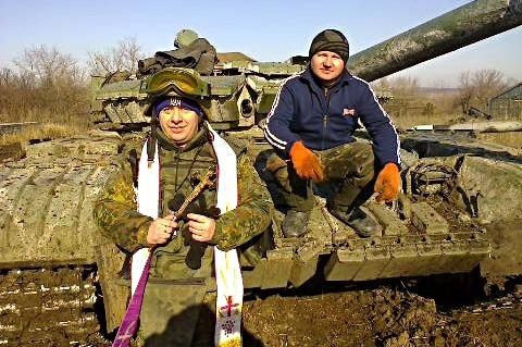 Franciszkanin Fidelis Wołnostow przez trzy tygodni pełnił funkcję kapelana w jednym z batalionów ochotniczych. Źródło - www.gazeta-misto.te.ua