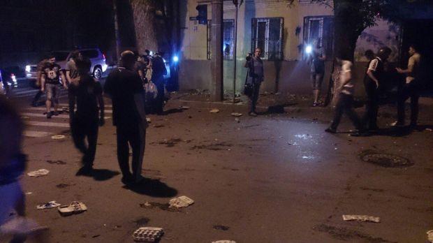 Zniszczony budynek ukraińskiego konsulatu w Rostowie. Źródło - unian.net