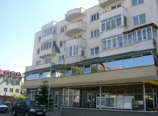 Budynek, w którym mieści się ukraiński konsulat w Suczawie. Źródło - http://wikimapia.org