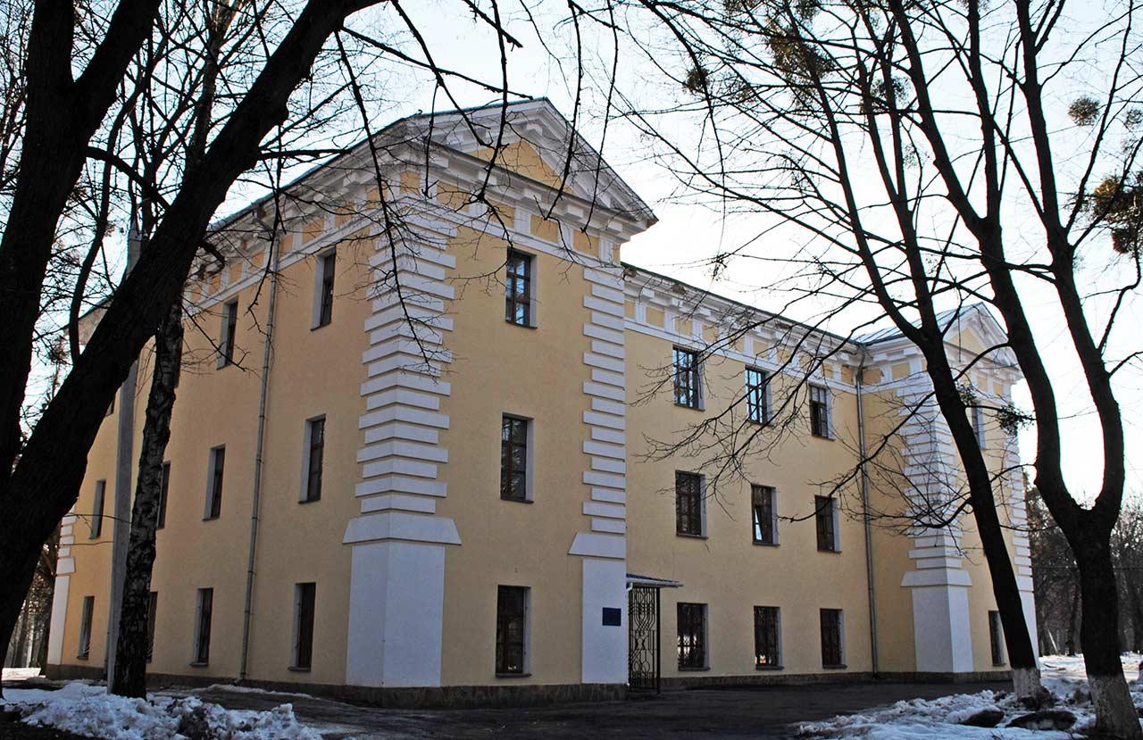 Obecny wygląd pałacu Grocholskich w Stryżawce. Źródło  - ukrainaincognita.com