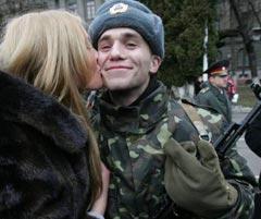Zdjęcie pobrane z http://www.unian.ua/news/527622-cogodni-v-ukrajini-startuvala-prizovna-kampaniya.html