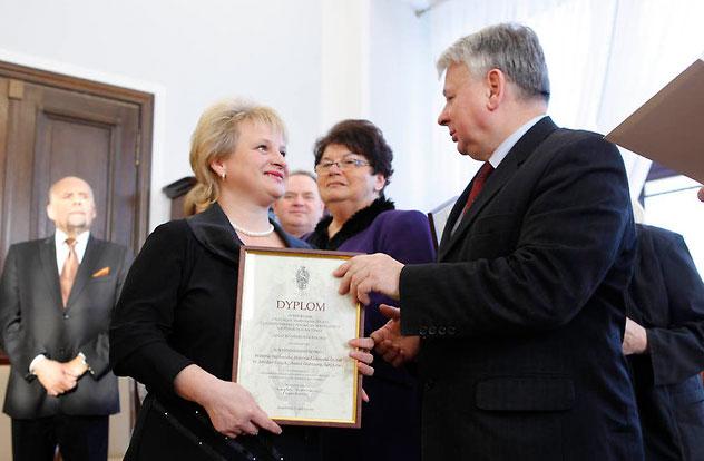 Zdjęcie pobrano z senat.gov.pl