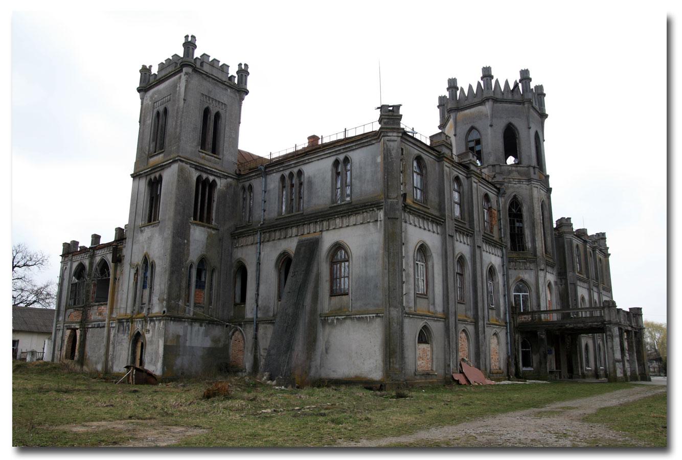 Pałac w Czerwonym