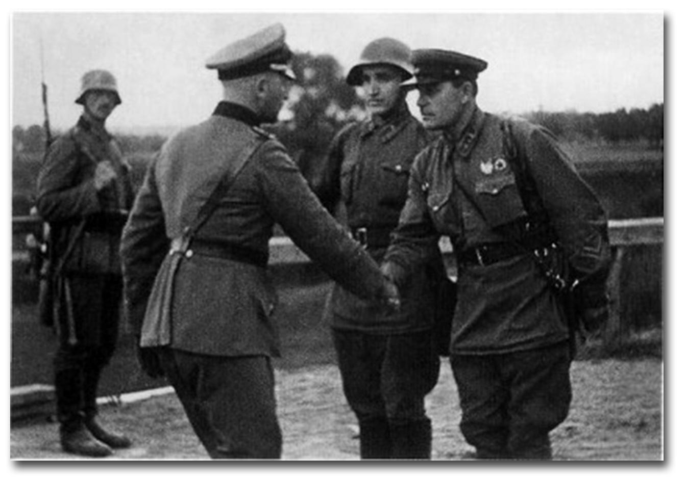 Zdjęcie pobrano z http://bezwodkinierazbieriosz.salon24.pl/343114,toast-stalina
