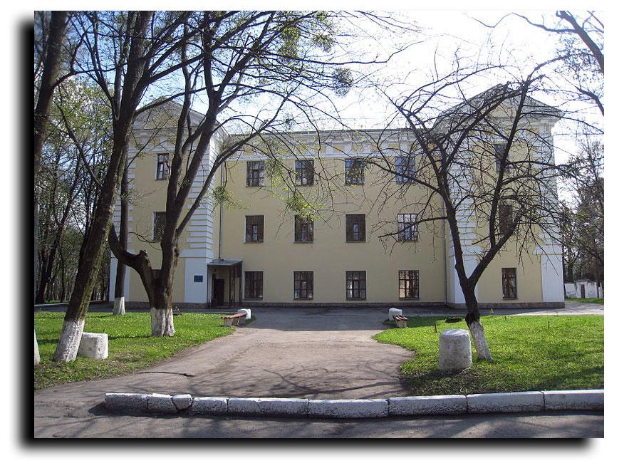 Tak dzisiaj wygląda niegdyś wspaniały pałac Grocholskich na Piętniczanach