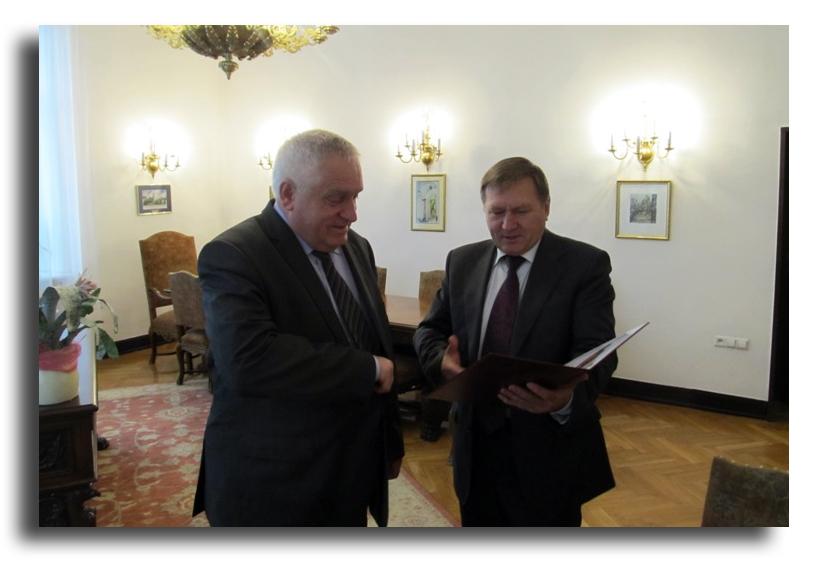 Przedstawiciele polskiego i ukraińskiego rektoratu na spotkaniu w Krakowie