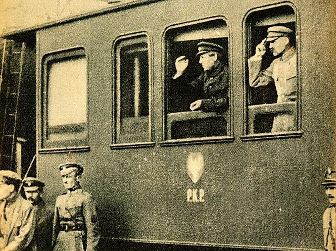 Winnica-Spotkanie Piłsudskiego i Petlury na Dworcu Kolejowym w Winnicy